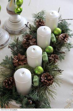 stroik świąteczny na Stylowi.pl Pine Cone Decorations, Christmas Decorations, Table Decorations, White Christmas, Christmas Crafts, Xmas, Christmas Arrangements, Pine Cones, Pillar Candles
