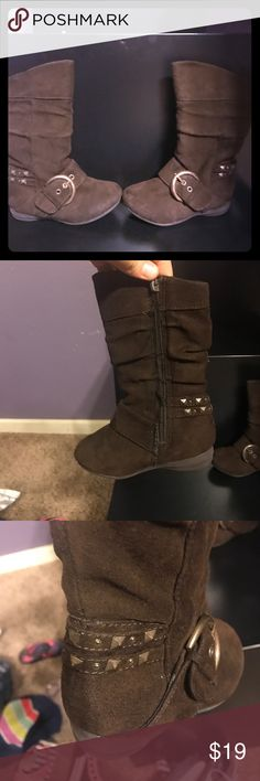 Super cute girls brown boots Super cute. Ready for fall with these adorable brown boots! Canyon River Shoes Boots