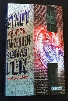 Ein ungewöhnlicher Fantasy-Jugendroman über New York, Street Art und puerto-ricanischen Geisterglauben Street Art, Broadway Shows, New York, Fantasy, Usa, City, Books, Ghost World, Word Reading