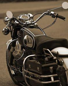 Moto guzzi by -TONYSAND