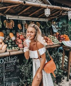 Malediven 17 - Best Picture For classy vacation outfits For Your Taste You are looking fo Photo Voyage, Shotting Photo, Foto Casual, Outfit Look, Look Boho, Foto Pose, Summer Aesthetic, Photo Instagram, Ideas For Instagram Photos