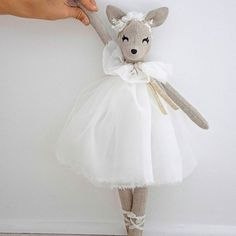 PDF sewing pattern for Blank Fawn Doll for crafting 21 Diy Toys Doll, Doll Crafts, Sewing Art, Sewing Toys, Ideias Diy, Fabric Toys, Sock Animals, Little Doll, Doll Maker