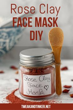 This 2 ingredient face mask is an easy beauty DIY. It's great for your skin and suitable for sensitive skin types. It makes a beautiful handmade gift or stocking stuffer. Homemade Spa Treatments, Homemade Facials, Homemade Body Butter, Easy Homemade Gifts, Rose Clay, Clay Face Mask, Homemade Face Masks, Diy Mask, Diy Beauty
