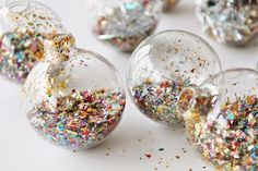 make these festive ornaments before it's too late!