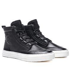 7b1cf7e3c2 MYCOLEN New Outono Inverno Homens Negros Sapatos Casuais Homens Altos Tops  Da Moda Hip Hop Sapatos