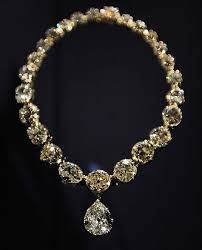 One of the British Crown Jewels; the Coronation necklace. The stones are not evenly graded as they came from different settings when Queen Victoria was obliged to replace Queen Charlotte's necklace.
