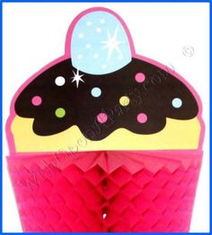 Sweet Treats: Centrepiece - Great Cupcake Themed Birthday Party Supplies!