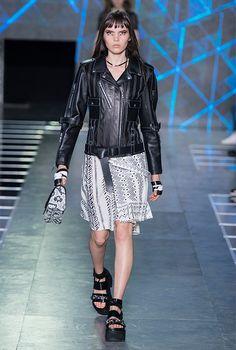 f19427d3dadc PFW Louis Vuitton Spring Summer 2016 Womens Wear Paris Fashion Week  Collection - The Fashion Watch, International Designers Fashion Shows,  Models