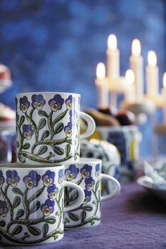arabia keto-orvokki - Google-haku Ceramic Plates, Ceramic Pottery, Coffee Container, Marimekko, Blue Aesthetic, Scandinavian Style, Pansies, Simple Designs, Keto