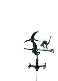 Brujita y gato en Necochea, Buenos Aires. Witch, Beautiful, Weather Vanes, Bruges, Buenos Aires, Gatos, Witches, Witch Makeup, Wicked