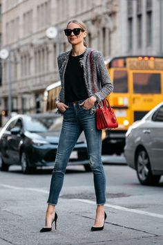 winter outfits formales 25 Simple Winter Outfit Id - winteroutfits Mode Outfits, Jean Outfits, Stylish Outfits, Fashion Outfits, Fashion Skirts, Girl Outfits, Fashion Mode, Look Fashion, Winter Fashion
