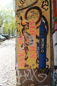 Street Art   D7606