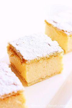"""Pre mnogo godina u jednom gradicu u Vojvodini, u takozvanoj """"uskoj ulici"""" :), postojao je """"Mlecni restoran"""" sa najboljim krempitama u gradu...."""