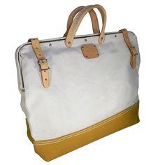 "18"" Canvas | Leather Mason Bag"