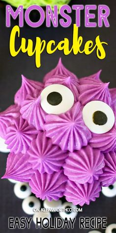 Monster Cupcakes are the perfect treat for your Halloween party. Funny eyes and colorful frosting, these easy desserts will delight all the ghools and goblins. Best Chocolate Desserts, Decadent Chocolate, Great Desserts, Best Dessert Recipes, Cupcake Recipes, Cupcake Cakes, Amazing Recipes, Delicious Recipes, Tasty