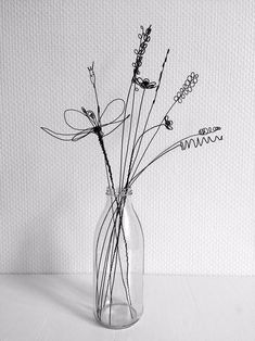 Bouquet of 10 flowers recuit yarn flower to hang floral wall decoration deco boho nature capuchin gift mistress Mural Floral, Floral Wall, Sculptures Sur Fil, Wire Art Sculpture, Wire Sculptures, Abstract Sculpture, Bronze Sculpture, Very Beautiful Flowers, Yarn Flowers