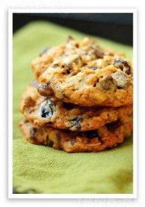 Chocolate Cherry Walnut Cookies from Lyons Lyons Johnson / She Wears Many Hats Cookie Desserts, Cookie Recipes, Dessert Recipes, Cherry Desserts, Cookie Bars, Cake Pops, Chocolate Cherry Cookies, Walnut Cookies, Almond Cookies