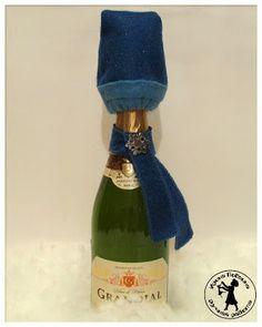 Кукуня и Кукуся: Простой способ сделать из бутылки шампанского новогодний подарок