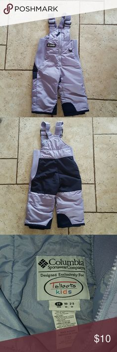 Columbia 2T bib snow pants purple Really nice pair of Columbia toddler size 2T Snowpants. Worn one winter. Clean and good condition.  Purple lilac color. Columbia Bottoms