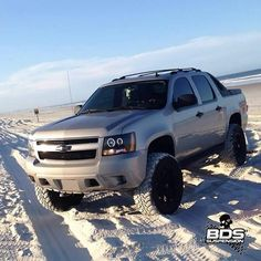 2007 Chevrolet Avalanche lifted