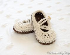Crochet baby shoes, Baby slippers, Crochet slippers, Two striped slippers, Baby girl slippers, Baby shoes, newborn slippers by PreciousTinyHugs on Etsy