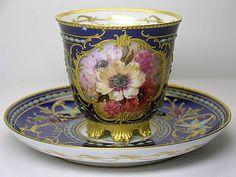 KPM jeweled flower cup Mais