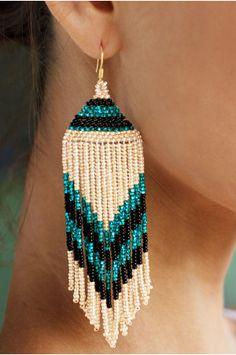 Boston Proper Tribal seed-bead earrings By olloo Seed Bead Jewelry, Bead Jewellery, Seed Bead Earrings, Seed Beads, Beaded Earrings Native, Beaded Earrings Patterns, Fringe Earrings, Tribal Earrings, Bracelet Patterns