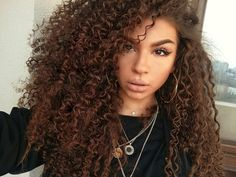 #curly #hair #hairstyle #lips #beauty #style #fashion #girl #Ciulia #curlyhair #me #cute #inspire #ideea