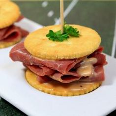 RITZ Pastrami and Corned Beef Mini Sandwich |The 7Up Experience | #RitzNYBlitz  #RitzAllstars