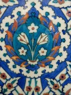 Rüstem Paşa Camii Glazes For Pottery, Ceramic Pottery, Ceramic Art, Turkish Art, Turkish Tiles, Tile Art, Mosaic Tiles, Antique Tiles, Shabby