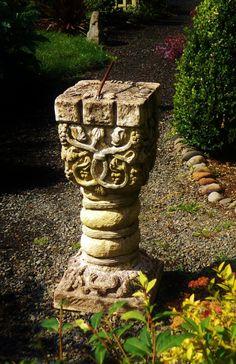 1000 images about celtic designs on pinterest celtic for Celtic garden designs