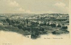 1906 (?) - Antigo Viaduto do Chá. Observem o rio ainda a céu aberto (consta que a sua canalização ocorreu em 1906, portanto a foto poderá ser anterior ao ano apresentado). Foto de Guilherme Gaensly.