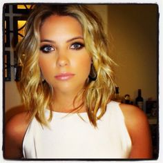 Ashley Benson. She is so freaking pretty. I love her style, her hair and makeup
