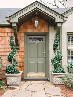 Door & Windows:Front Door Color Dark Brown House Colorful Ideas for Outside Door Colors Front Door Paint Colors, Painted Front Doors, House Front Door, House Doors, Front Door Awning, Portico Entry, Front Entry, Le Ranch, Tan House