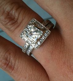 Gorgeous vintage-style engagement ring