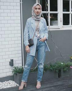 Ootd Hijab, Hijab Casual, Modern Hijab Fashion, Hijab Fashion Inspiration, Arab Fashion, Muslim Fashion, Stylish Work Outfits, Casual Outfits, Fashion Outfits
