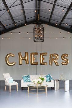 cheers champagne soi