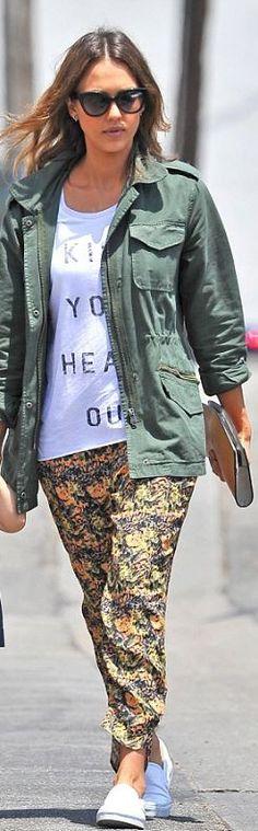 Who made  Jessica Alba's green jacket, white print tee, print pants, and white sneakers