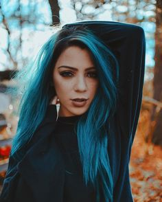 Hair Care Tips That You Shouldn't Pass Up. If you don't like your hair, you are not alone. Niki Demartino Instagram, Hair Inspo, Hair Inspiration, Remy Hair Extensions, Coloured Hair, Hair Care Tips, Cute Hairstyles, Hair Goals, Dyed Hair