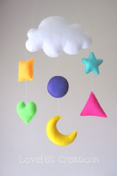Bebé móvil formas móviles cuna mobile Cloud por lovefeltmobiles