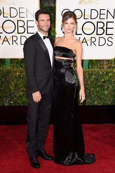 Behati Prinsloo Photos - Singer Adam Levine and model Behati Prinsloo attend the Annual Golden Globe Awards at The Beverly Hilton Hotel on January 2015 in Beverly Hills, California. - Arrivals at the Golden Globe Awards — Part 2 Behati Prinsloo, Adam Levine, Golden Globe Award, Golden Globes, Adam And Behati, Best Dressed Man, Star Wars, Hollywood, Celebrity Look