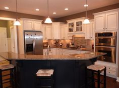 I like this kitchen lay out