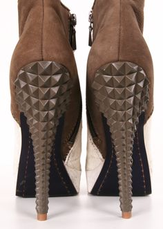spiked heels//