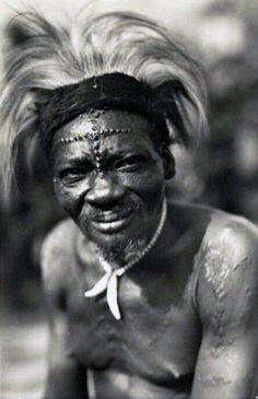 Africa   Man of the M'Bouaka in Province de l'Equateur (now Equator Province, Democratic Republic of the Congo).    © Casimir Zagourski African postcards, 1924-1941 (inclusive). Manuscripts & Archives, Yale University