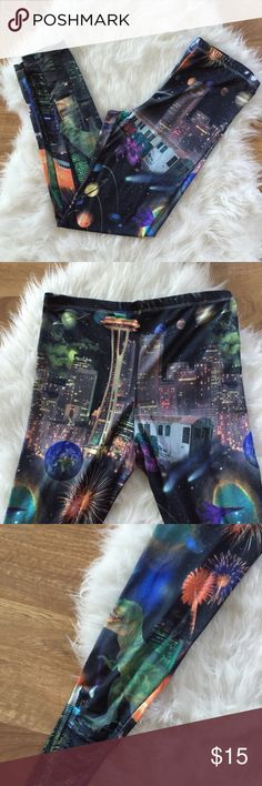 Seattle Washington Tourist Leggings Fits like a small. Super stretchy and soft. Very funky pattern, space needle, dinosaurs, lol these are so rad. Pants Leggings