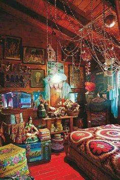 53 Enthralling Bohemian Style Home Decor Ideas to I&; - 53 Enthralling Bohemian Style Home Decor Ideas to I&; 53 Enthralling Bohemian Style Home Decor Idea - Bohemian Style Home, Boho Chic, Hippie Home Decor, Hippy Style, Bohemian Homes, Hippie House, Bohemian Dorm, Bohemian Design, Modern Bohemian