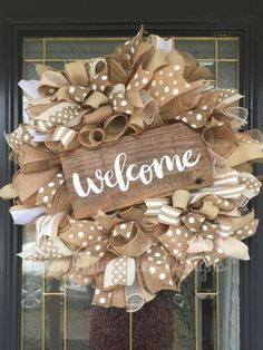 Everyday Welcome Wreath This beautiful is made from a jute mesh ribbon … – Wreath Mesh Ribbon Wreaths, Deco Mesh Wreaths, Holiday Wreaths, Winter Wreaths, Floral Wreaths, Fall Ribbon Wreath, Spring Wreaths, Ribbon Wreath Tutorial, Wreath Crafts