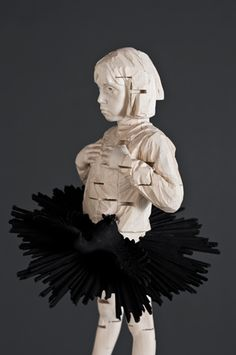 Gehard Demetz - Contemporary Artist - Wood Sculpture - Idea 2010 - You can't say no to me.