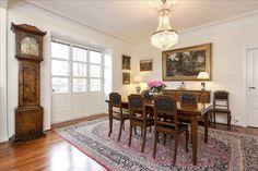 Bolig til salgs Gallery Wall, Real Estate, Frame, Home Decor, Picture Frame, Decoration Home, Room Decor, Real Estates, Frames