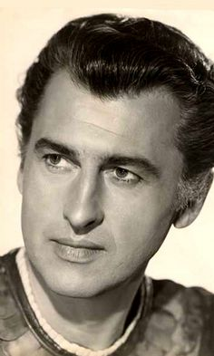English actor Stewart Granger, who was a popular leading man of the Hollywood Men, Old Hollywood Movies, Old Hollywood Stars, Golden Age Of Hollywood, Glamour Movie, Stewart Granger, Old Movie Stars, Vintage Movie Stars, Actrices Hollywood
